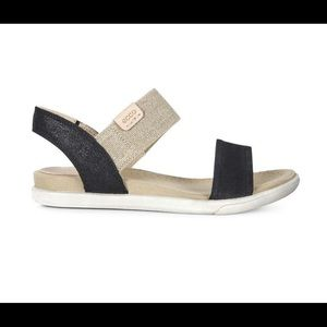 ECCO Damara Metallic Black Suede Sandal 9 39